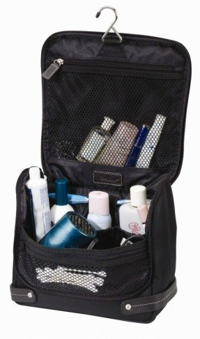 the-angeleno-toiletry-bag-1.jpg